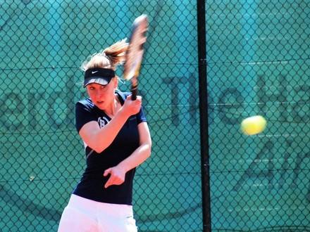 Rebecca van Balen behaalde het enige punt voor Bequick in de Topklasse tot op heden. Foto: Monique Creemers